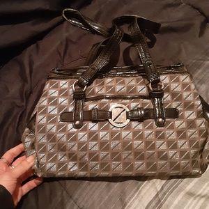 Nine co  purse